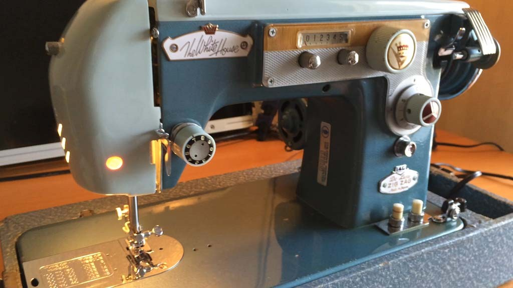 Vintage Vw Parts >> Vintage Japanese 15 Clone Sewing Machine | chris.chemidl.in